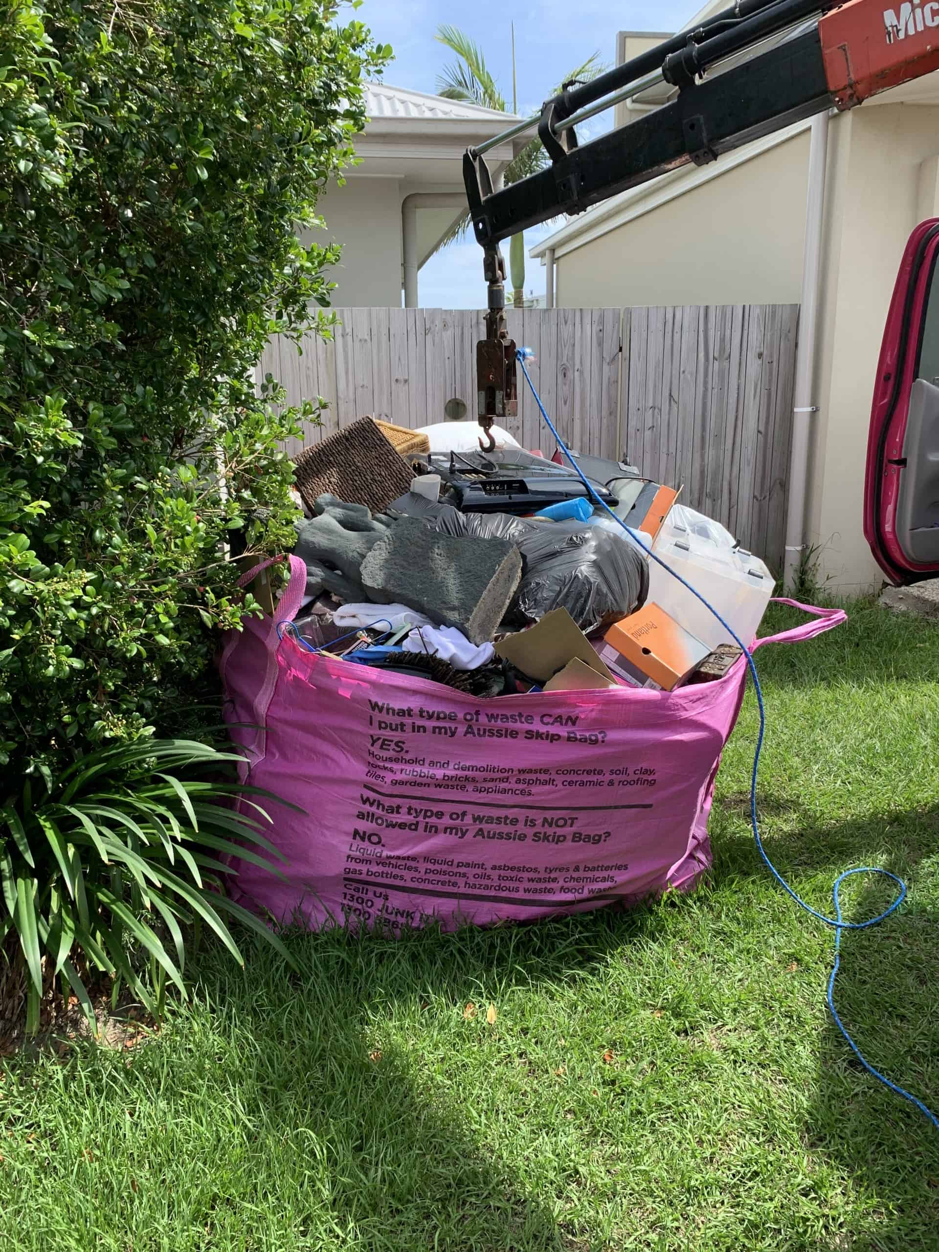 Dump it rubbish removal skip bin sunshine coast